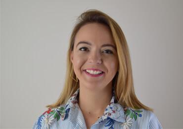 Julia Österreicher confidero.com